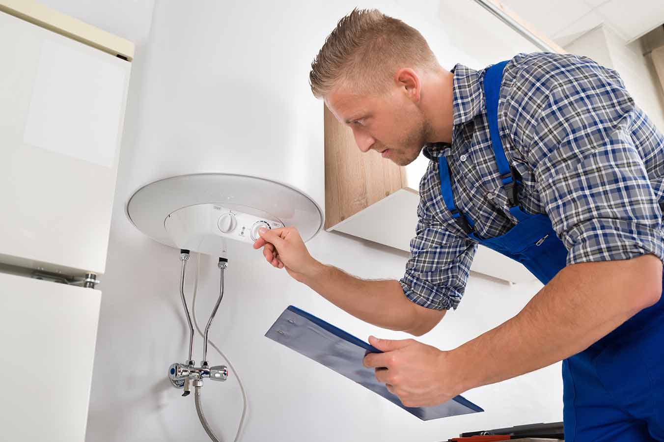 plombier spécialiste d'installation et réparation chauffe-eau
